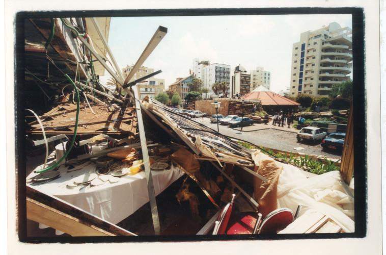 הפיגוע במלון פארק בנתניה (צילום: שוקי יוסף)