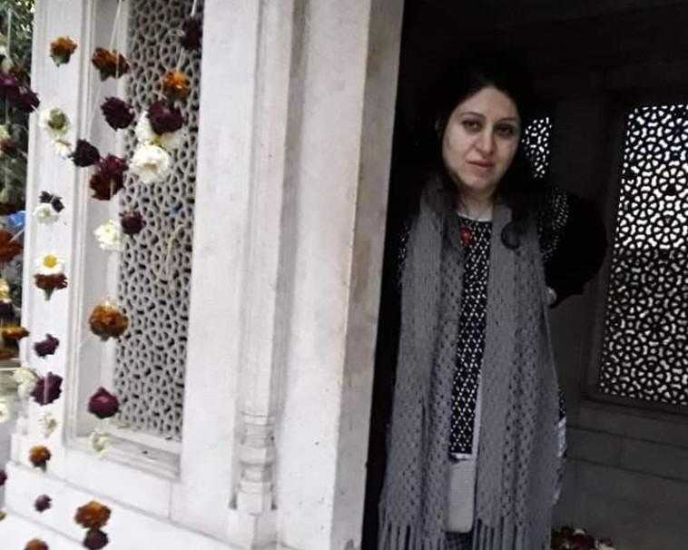 המתרגמת האיראנית רוזה ג'מאלי (צילום: יח''צ)