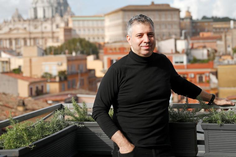 יבגני אפינבסקי במאי הסרט Francesco (צילום: GUGLIELMO MANGIAPANE, REUTERS)