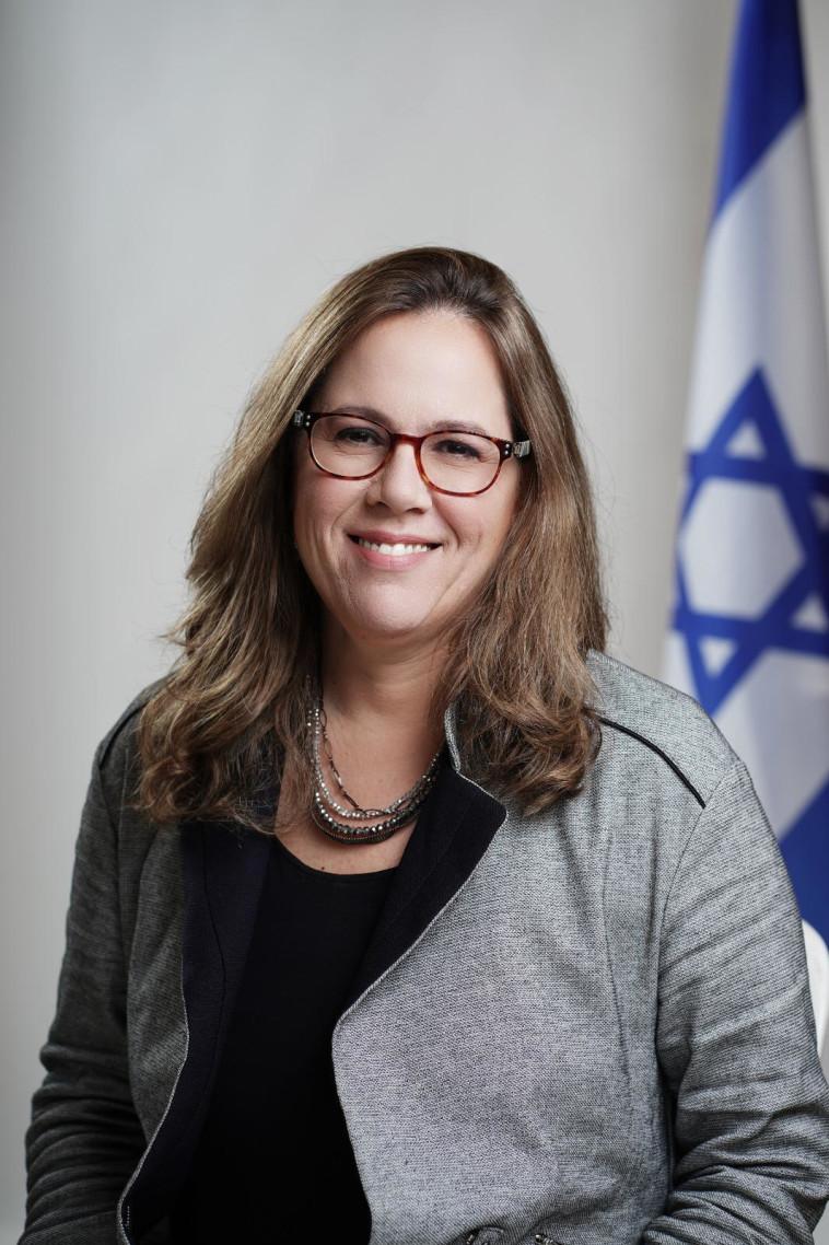 אמירה אהרונוביץ' (צילום: דוד סאלם)