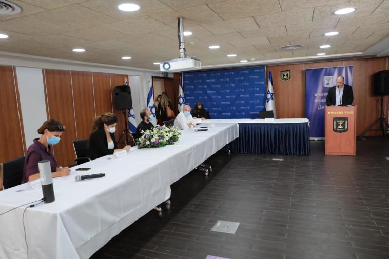 צוות בחינת רפורמת הקנאביס (צילום: יוסי זמיר, לע''מ)