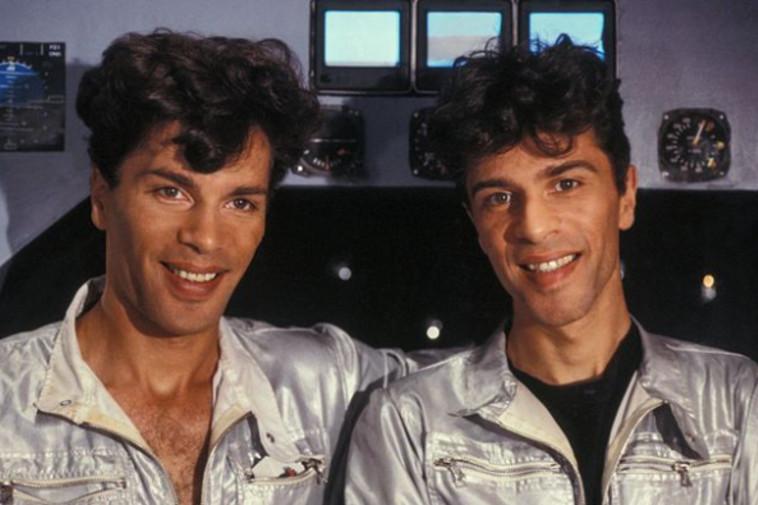 התאומים איגור וגרישקה לפני הניתוחים הפלסטיים (צילום: רשתות חברתיות)
