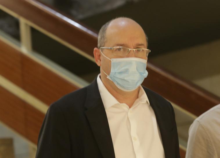 שר המשפטים אבי ניסנקורן (צילום: אלכס קולומויסקי, פול)