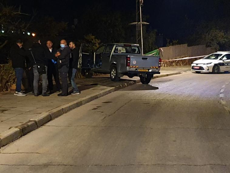 זירת הירי בערד (צילום: דוברות המשטרה)