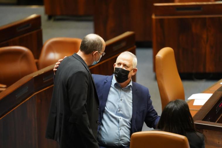 Bnei Gantz and Avi Nissenkorn (Photo: Danny Shem Tov, Knesset Spokeswoman)