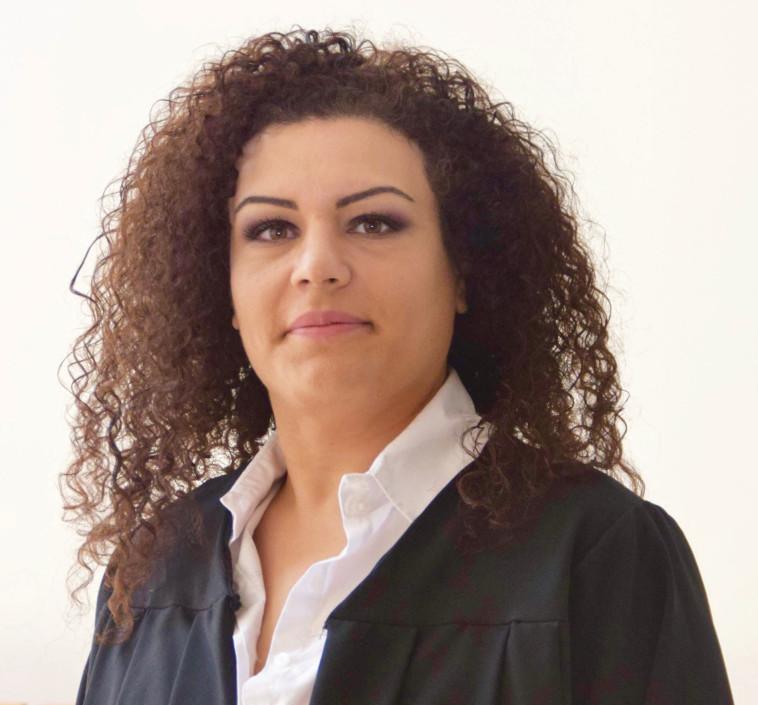 """עו""""ד ג'מילה הרדל ואכים, מנהלת עמותת """"אזרחים למען הסביבה"""" (צילום: אלבום פרטי)"""