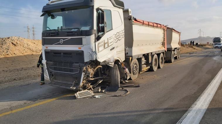 תאונת הדרכים סמוך לדימונה (צילום: תיעוד מבצעי כב''ה)
