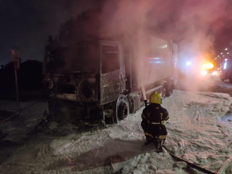 הצתת משאיות בלוד (צילום: תיעוד מבצעי כב''ה)