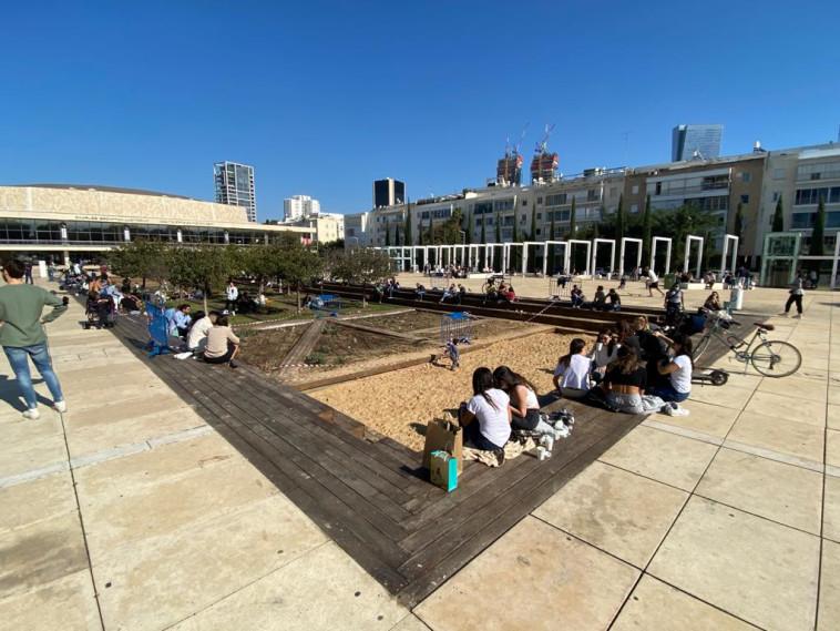 כיכר הבימה (צילום: אבשלום ששוני)