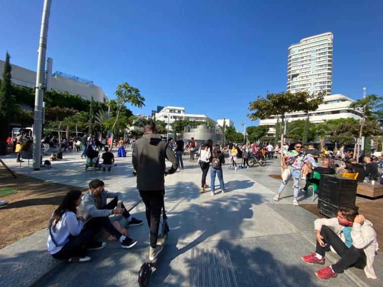 כיכר דיזנגוף (צילום: אבשלום ששוני)