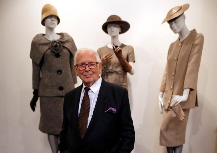 פייר קארדן ועיצובי האופנה שלו (צילום: רויטרס)