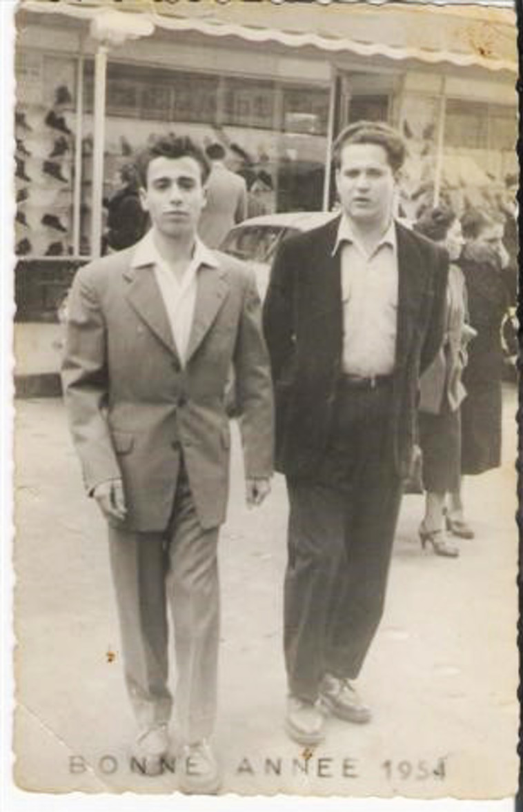 משה אדרי ז''ל לצד אחיו ניסים ז''ל שנספה במרוקו (צילום: צילום פרטי)