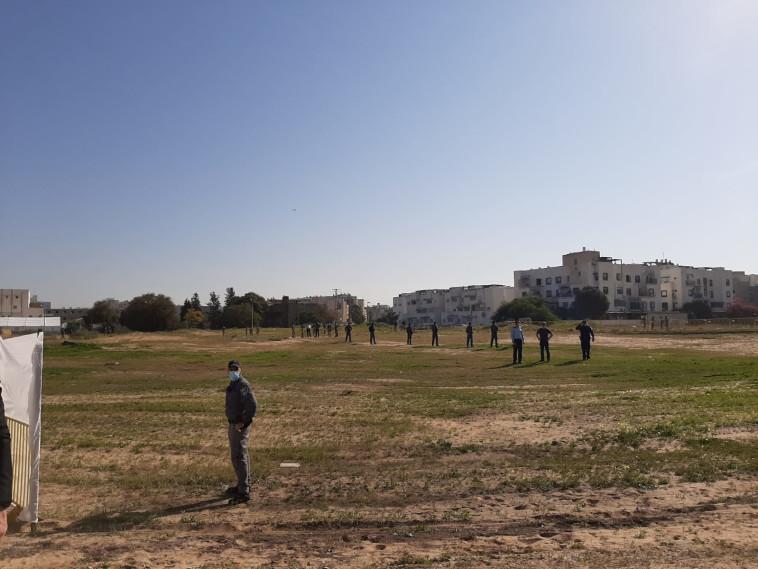 ביקור ליברמן בישיבה באשדוד (צילום: ללא קרדיט)