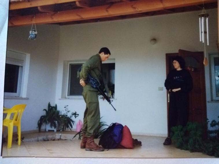 רחל בן דור ובנה, 1997 (צילום: צילום פרטי)