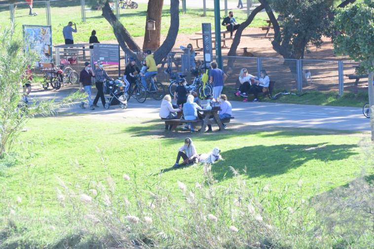 פארק גני יהושע בתל אביב (צילום: אבשלום ששוני)