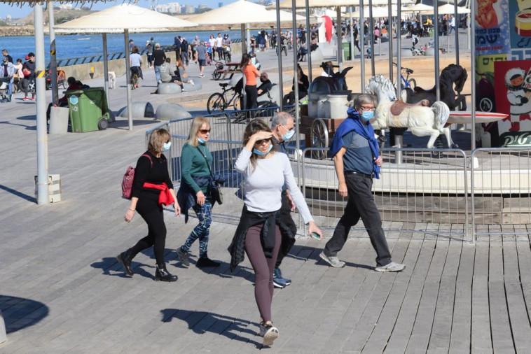 טיילת תל אביב (צילום: אבשלום ששוני)