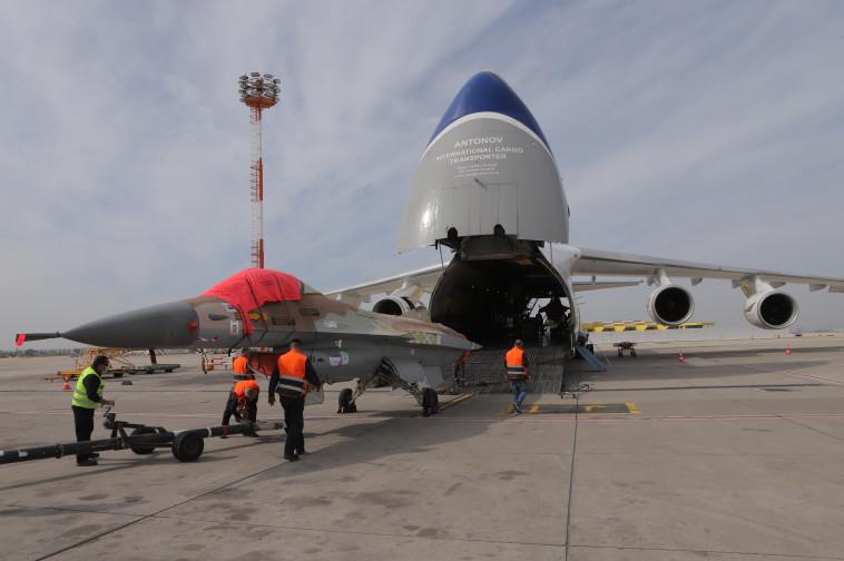 עסקת מכירת מטוסי ה-f-16 לחברת Top Aces הצפון אמריקאית (צילום: אגף דוברות והסברה, משרד הביטחון)