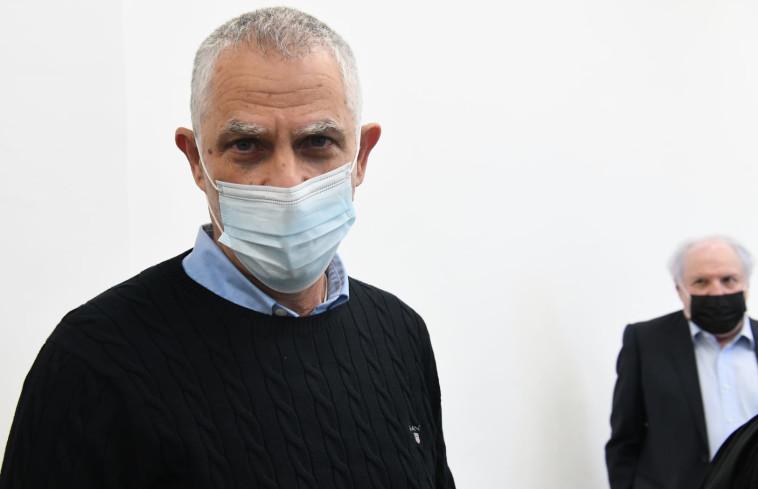 ארנון מוזס (מקדימה) ושאול אלוביץ' (צילום: ראובן קסטרו)