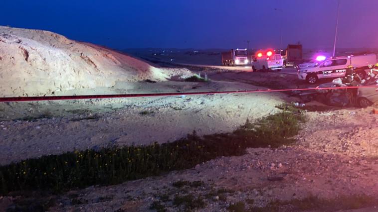 תאונה קטלנית בכביש 80 (צילום: תיעוד מבצעי מד''א)
