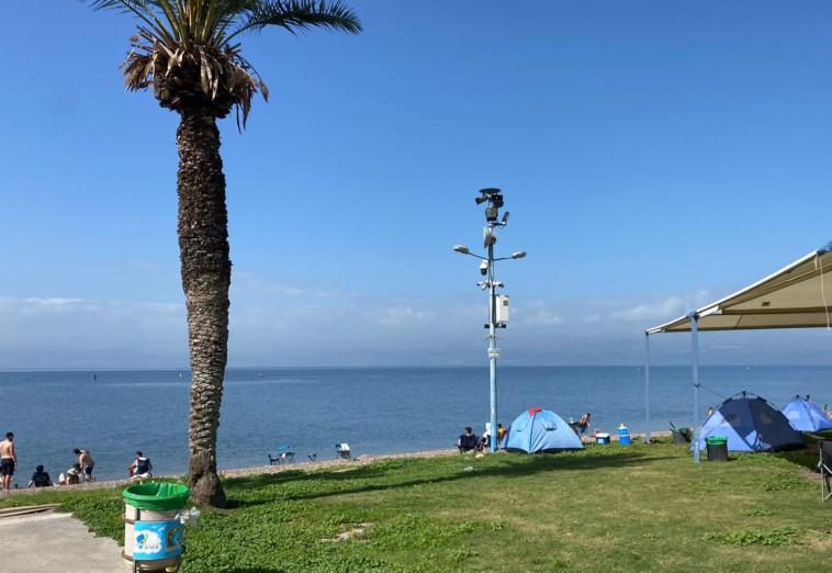 קמפינג בחוף לבנון-חלוקים (צילום: יוני דותן, איגוד ערים כנרת)