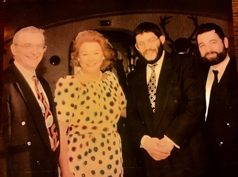 פייר מיודובניק עם הברונית נדין דה רוטשילד, בורדו 93 (צילום: באדיבות המצולם)