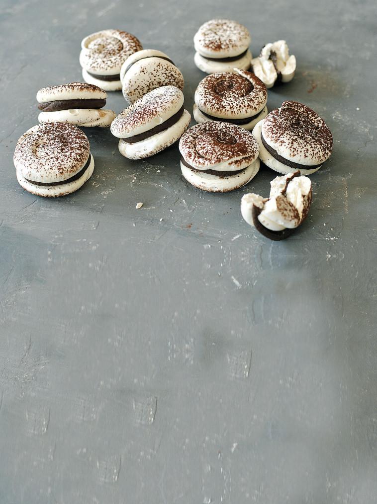 עוגיות סנדוויץ' מרנג (צילום: פסקל פרץ-רובין)