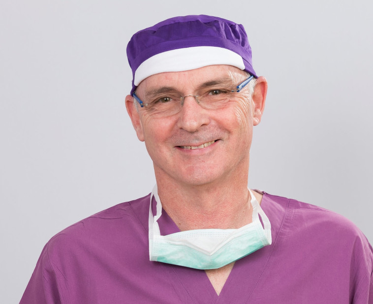 דר רונן גלזינגר מומחה בכירורגיה פלסטית (צילום: יח''צ)