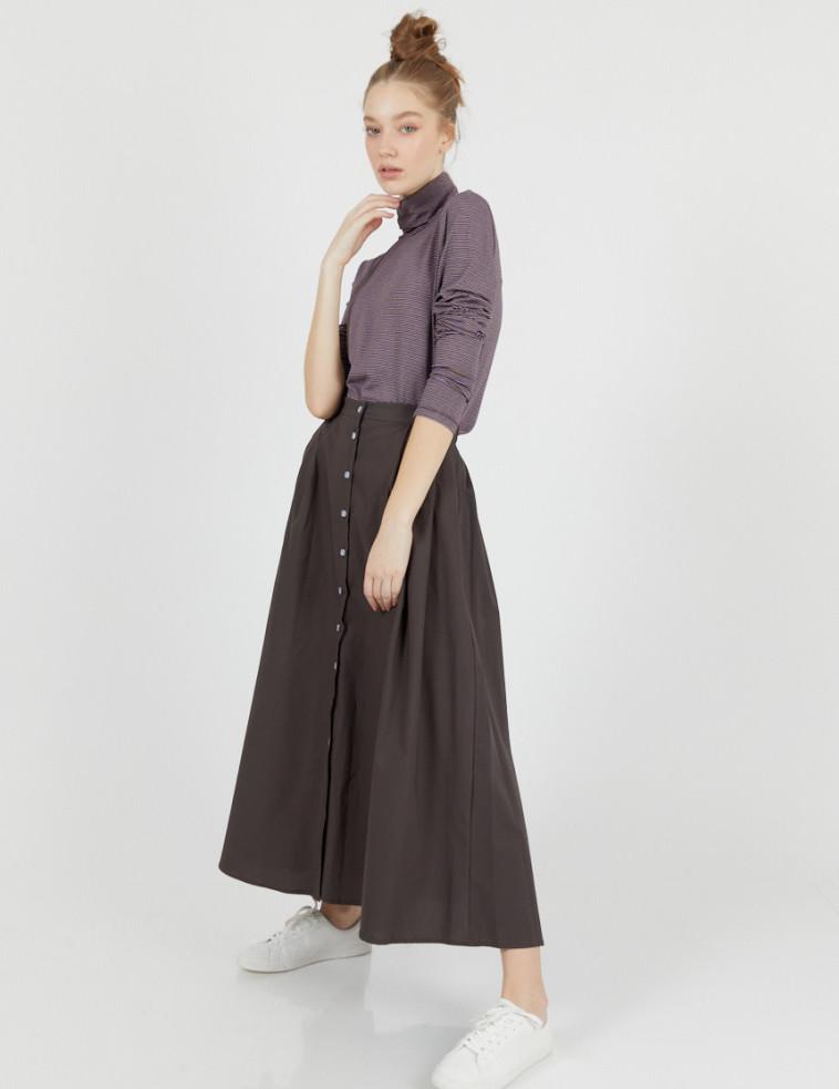 חצאית אלפרד של המותג טוטון עכשיו ב-448 שקל  (צילום: לירון ויסמן)