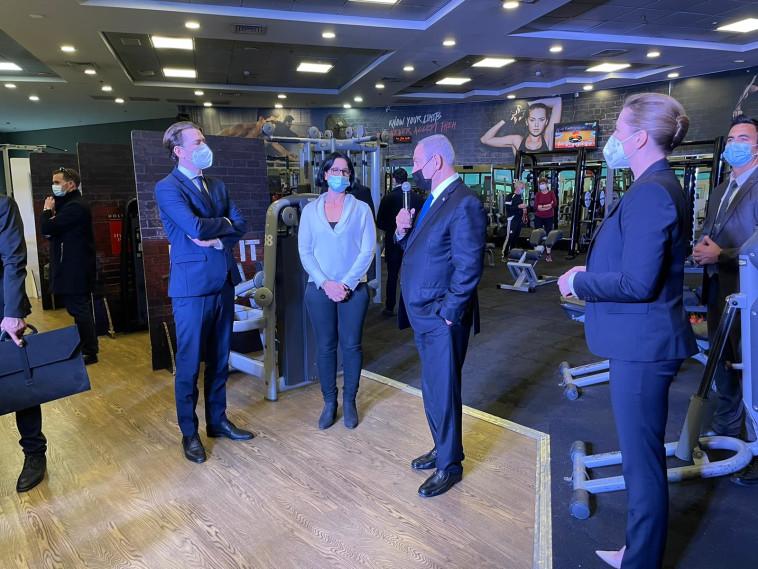 ראש הממשלה נתניהו עם קנצלר אוסטריה וראש ממשלת דנמרק (צילום: ללא קרדיט)