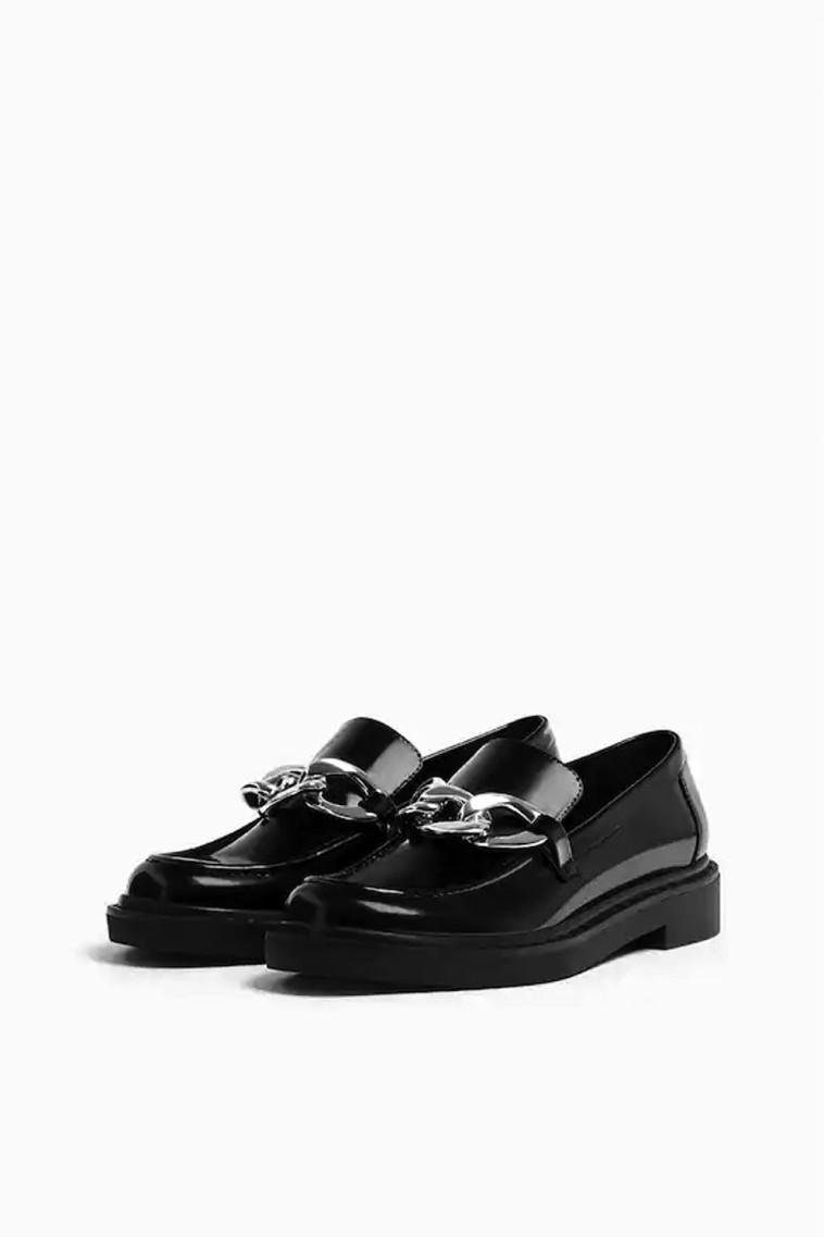 נעלי לאופר של PULL AND BEAR, 179.9 שקלים (צילום: יחצ חול)