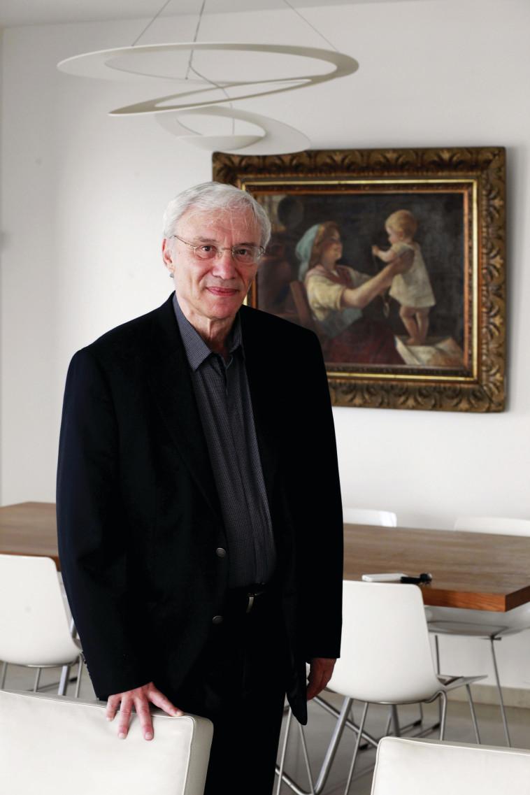 פרופ' קמיל פוקס, סוקר בחדשות 13 וחוקר ראשי של מכון דיאלוג (צילום: רענן כהן)