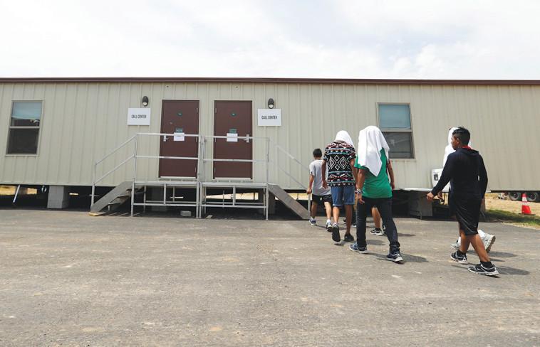 מתקן כליאה למהגרים בארצות הברית (צילום: רויטרס)
