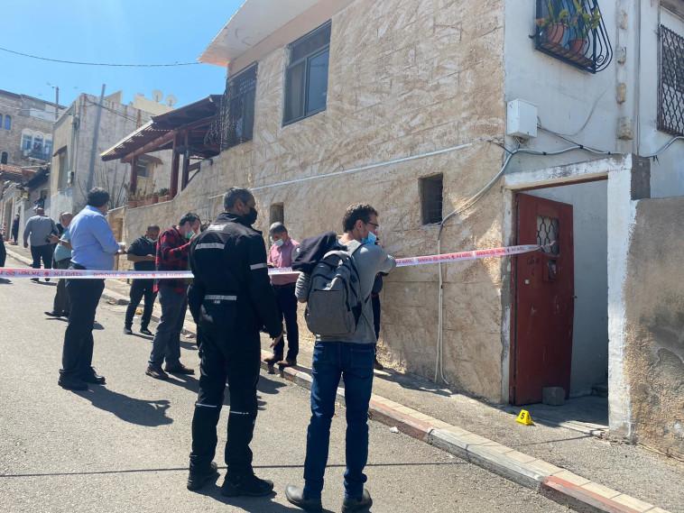 זירת הירי בחיפה (צילום: דוברות המשטרה)