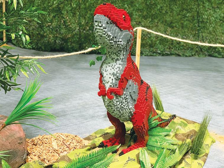תערוכת הדינוזאורים באילת (צילום: לירון מילוא)