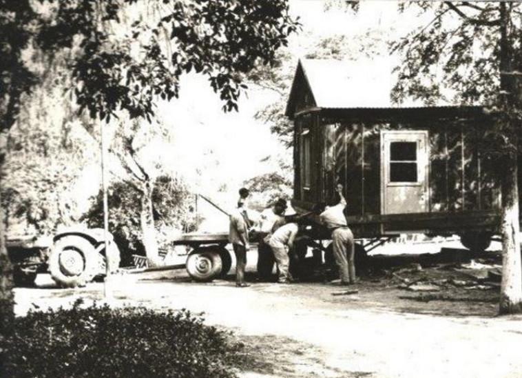 הצריף הישן של אבא קובנר בקיבוץ עין החורש (צילום: באדיבות מרכז התיעוד עמק חפר)