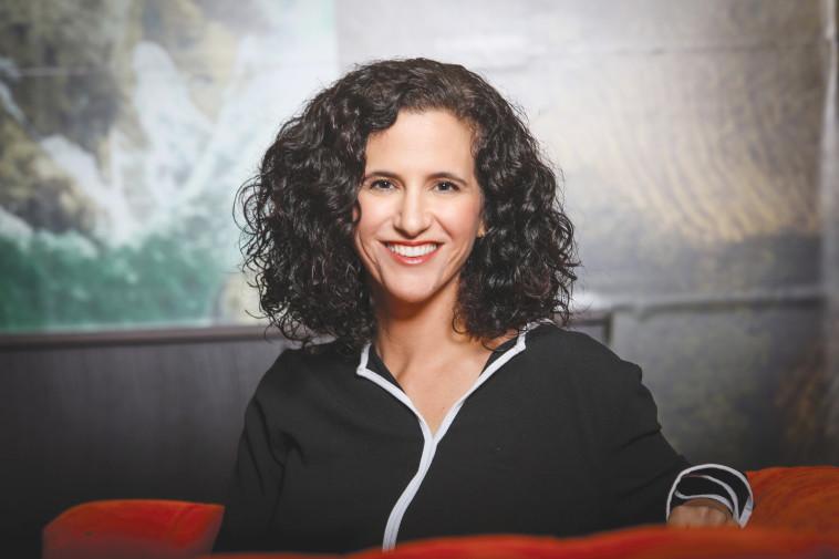 ענבל אורן-מנהלת תקשורת וקיימות בנספרסו ישראל  (צילום: שלומי יוסף)