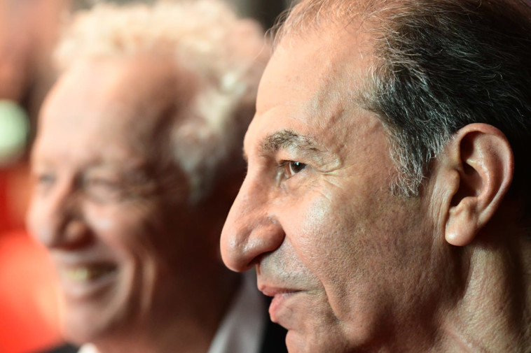 ששון גבאי ומוני מושונוב (צילום: ראובן קסטרו)