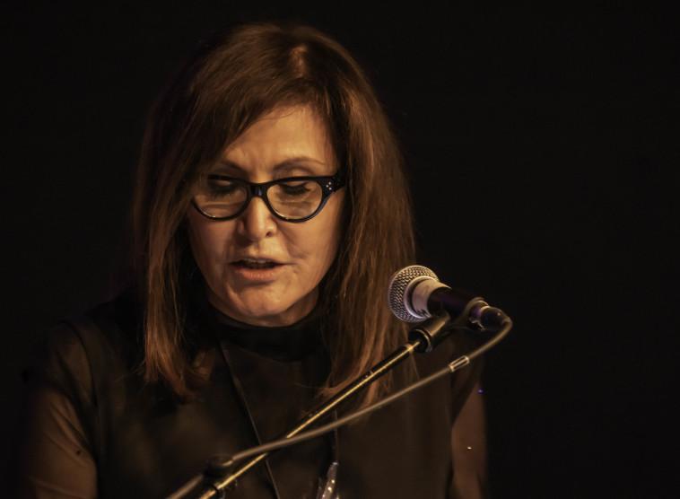רחל ינאי בטקס פרס ברנר (צילום: יחצ אגודת הסופרים)