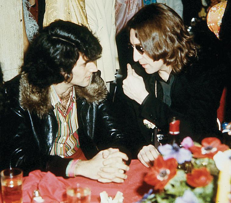 אורי גלר, ג'ון לנון (צילום: פרטי)