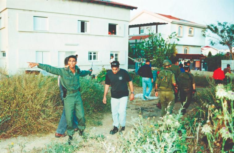 נפילת קסאם בשדרות (צילום: אדי ישראל)