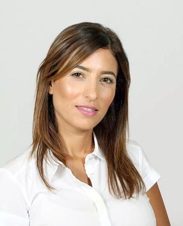 זהורית בטיטו, מנהלת המחלקה העסקית בבנק הפועלים בסניף דימונה (צילום: צילום פרטי)