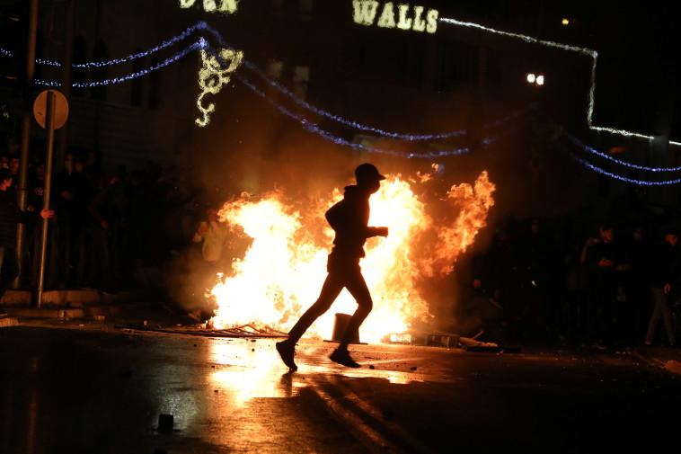 עימותים בירושלים בין יהודים לערבים (צילום: REUTERS/Ammar Awad)