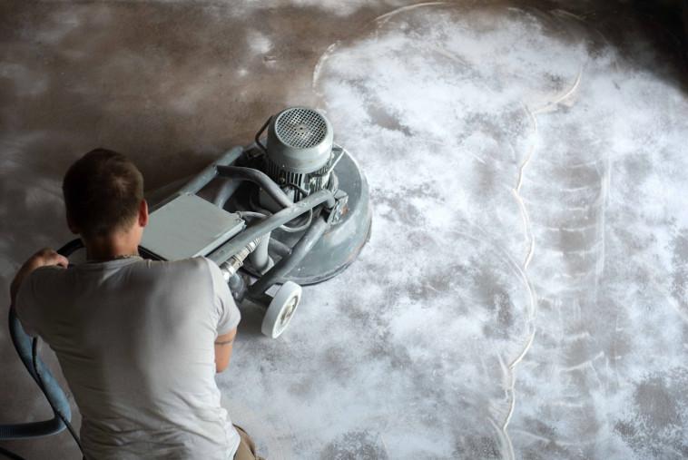 חומר אסתטי למדי שיוצר רצפה מבריקה- רצפות אפוקסי (צילום: FREEPIK)