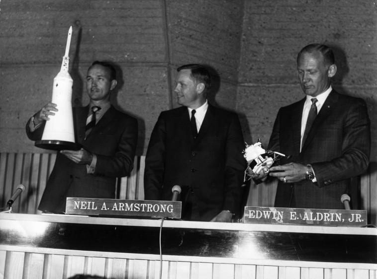 באז אולדרין, ניל ארמסטורנג ומייקל קולינס (מימין לשמאל) (צילום: Keystone/Getty Images)