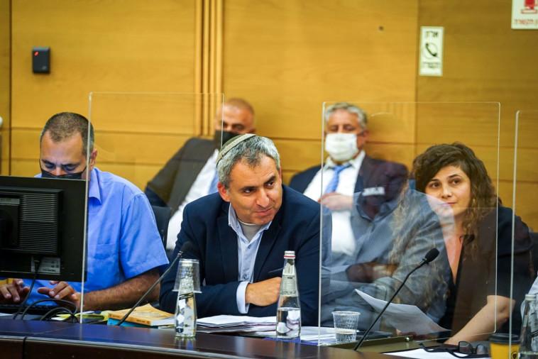 ח''כ זאב אלקין בדיון הוועדה המסדרת (צילום: דוברות הכנסת, נועם מושקוביץ)