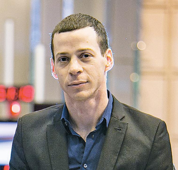 עמית סגל (צילום: נועם מושקוביץ)