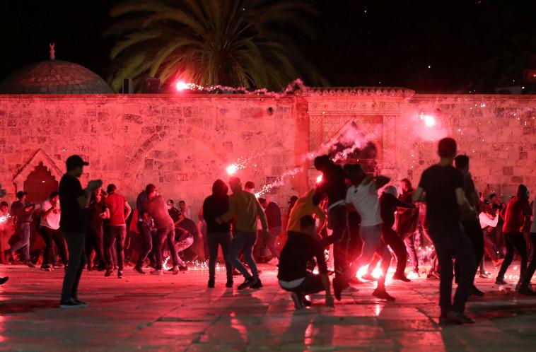 המהומות האלימות בהר הבית (צילום: רויטרס)