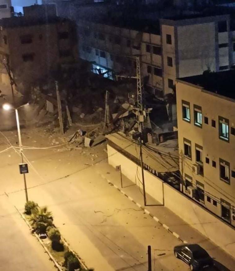 יעד שנפגע מתקיפת צה''ל בעזה (צילום: רשתות ערביות)