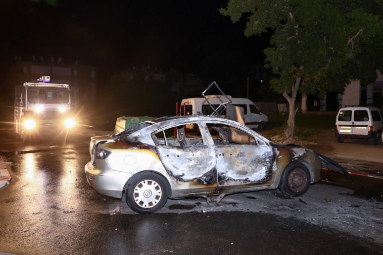 רכב הוצת בלוד (צילום: יוסי אלוני, פלאש 90)