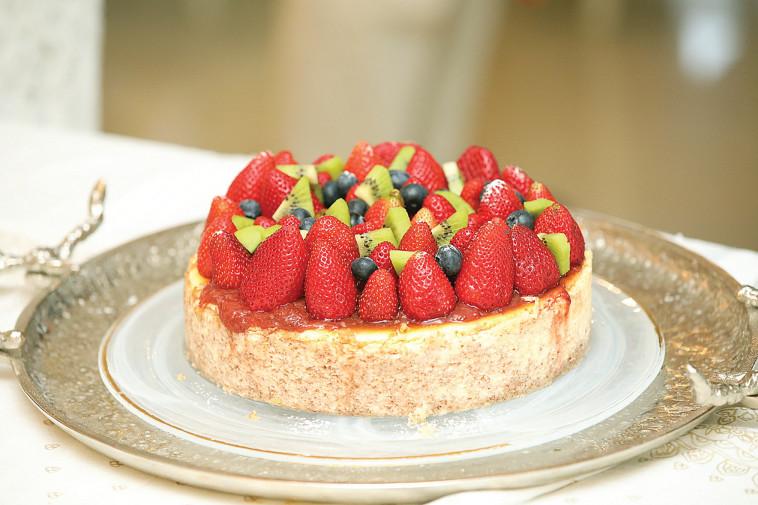 עוגת גבינה (צילום: פסקל פרץ-רובין)